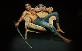Евгений Агафонов с мечом