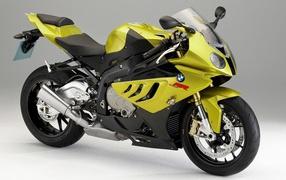 Bmw s 1000 rr model