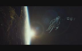 Отличный фильм Гравитация