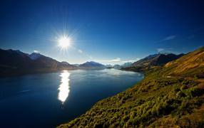 Горное озеро в Новой Зелландии