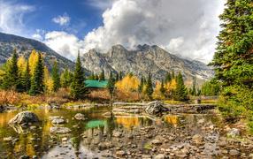 Тихое место у гор