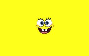 Улыбка на желтом фоне