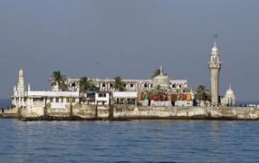 Мечеть Хадж возвышенный во Мумбае