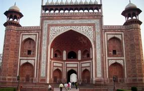 Известные мечети во Агре