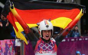 Обладательница двух золотых медалей в санном спорте Натали Гейзенбергер  из Германии