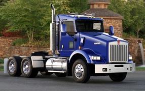 Большой лазуревый грузовичок Kenworth