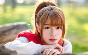 Выразительное харя красивой девушки азиатки
