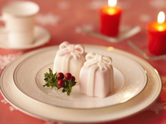 Holidays_Christmas_wallpapers_Sweet_gift