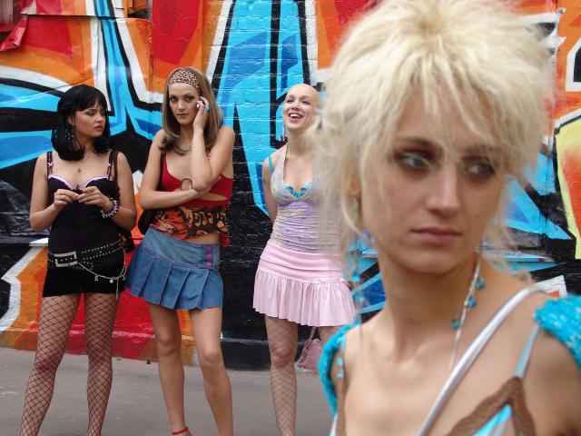 kak-privlech-devushek-k-prostitutsii
