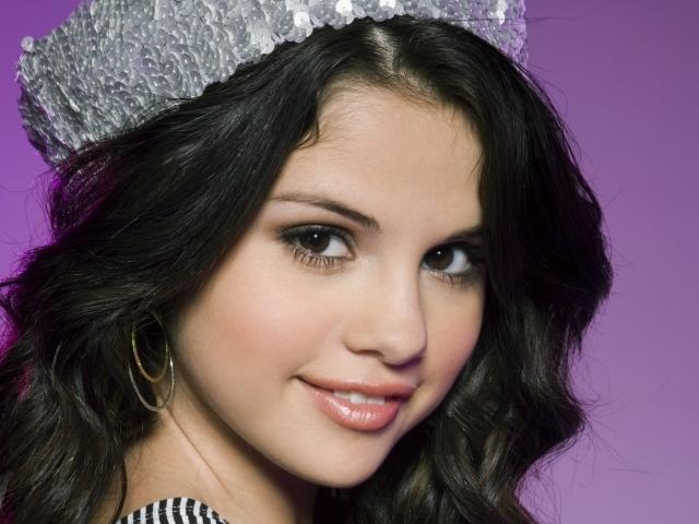 Selena Gomes Smiles