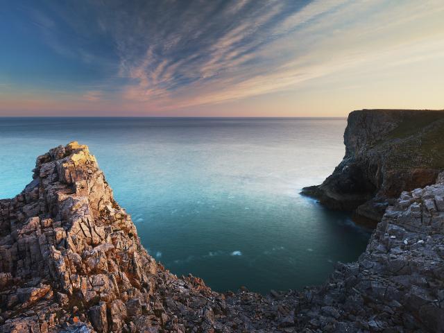 external image Nature___Sea_Beautiful_rocky_coast_060405_29.jpg