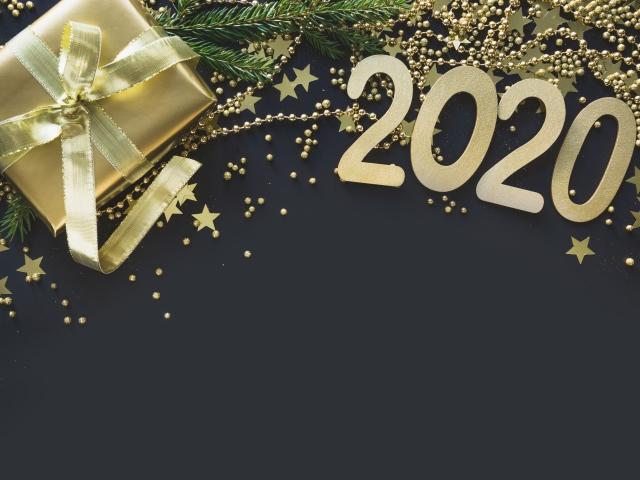Обои на рабочий стол новый год 2020 зима с символом года 1920 1080