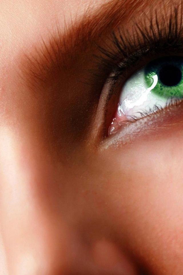 зеленые глаза фото или картинка варианты