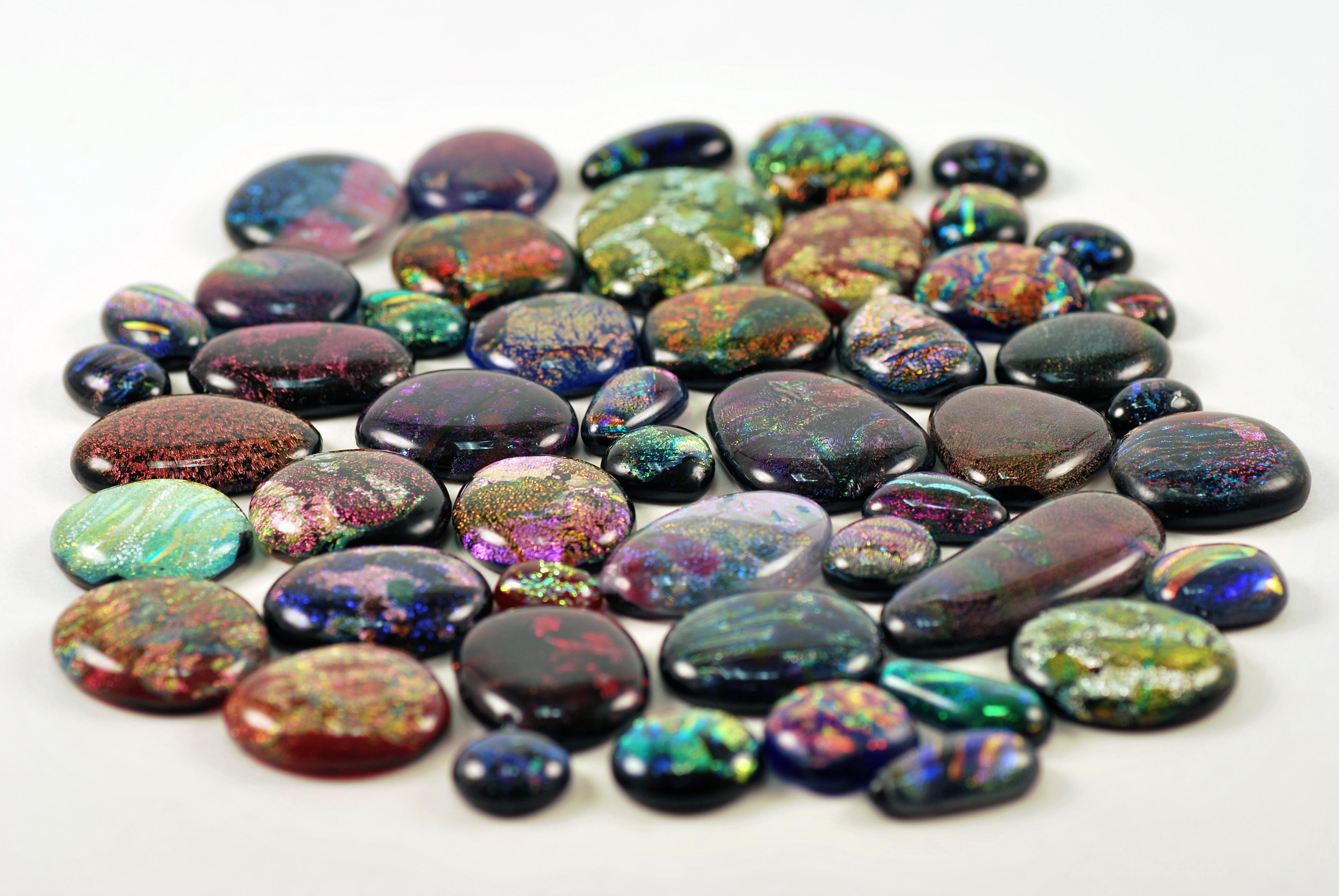 Драгоценные камни фото