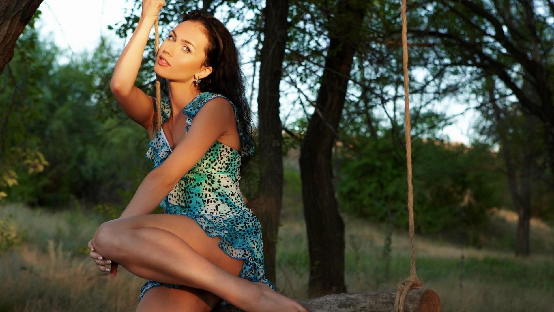 Фитоподборка красивые девушки в платьях 21 фотография