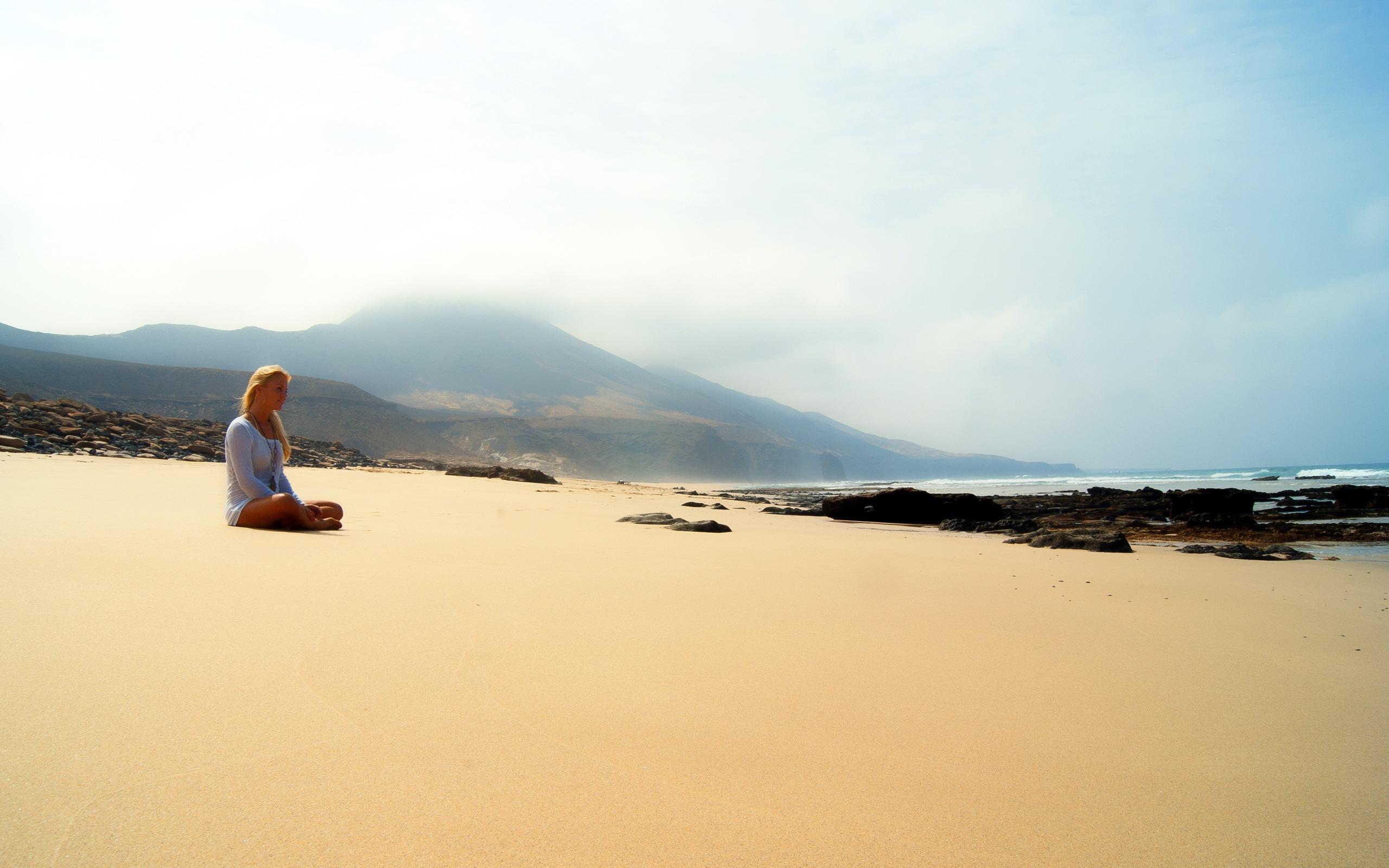 Девушка,море,пляж,настроение обои.