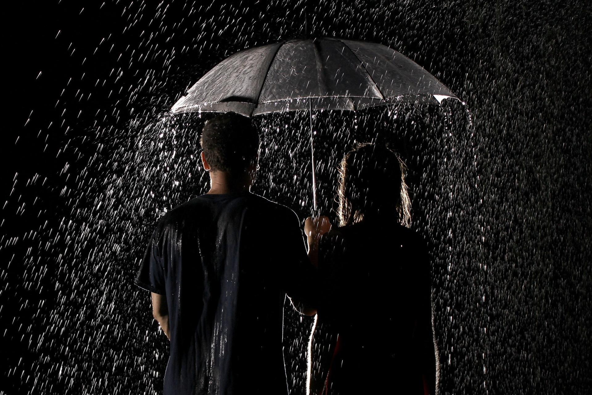 эти фотографии человека в дождь тортов