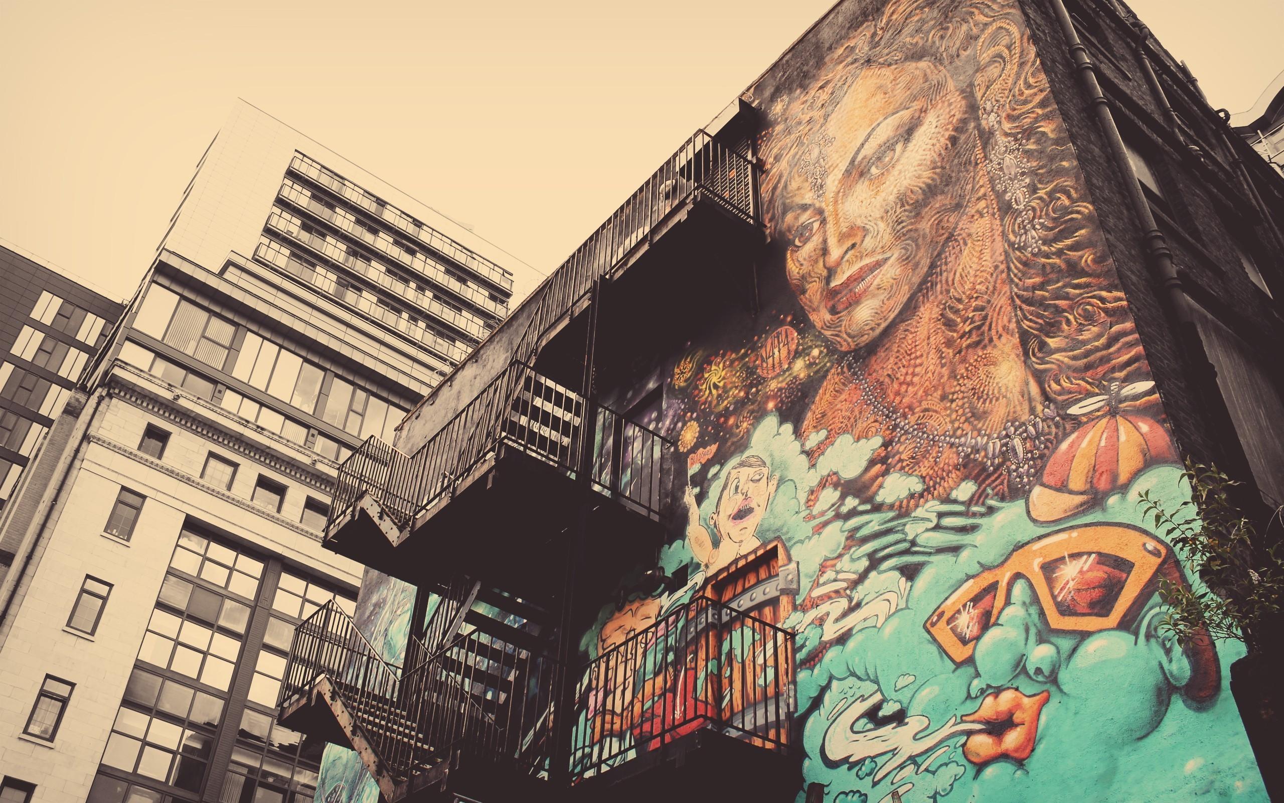 Graffiti art wallpaper - Graffiti Art On The High Rise Building