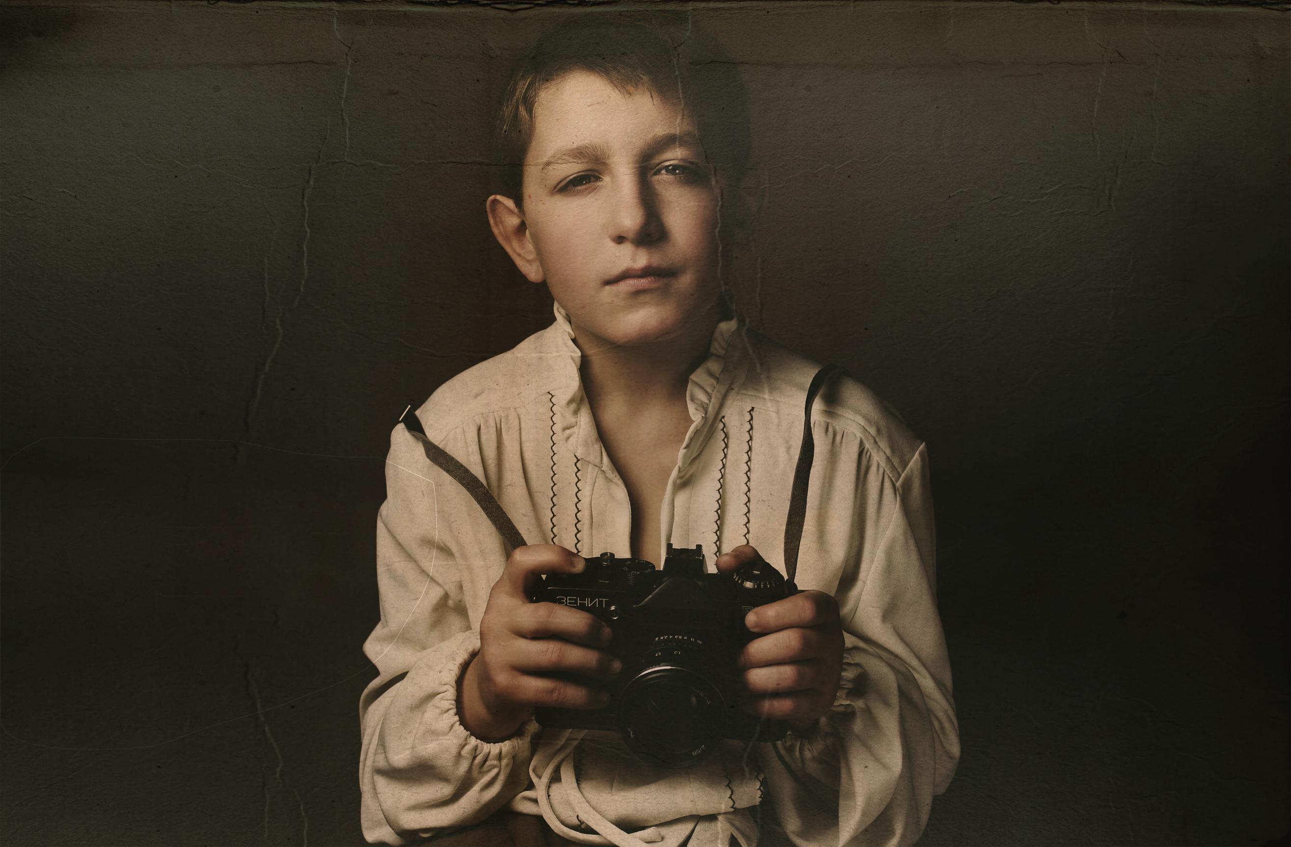 Обои: Селфи молодого фотографа с ...