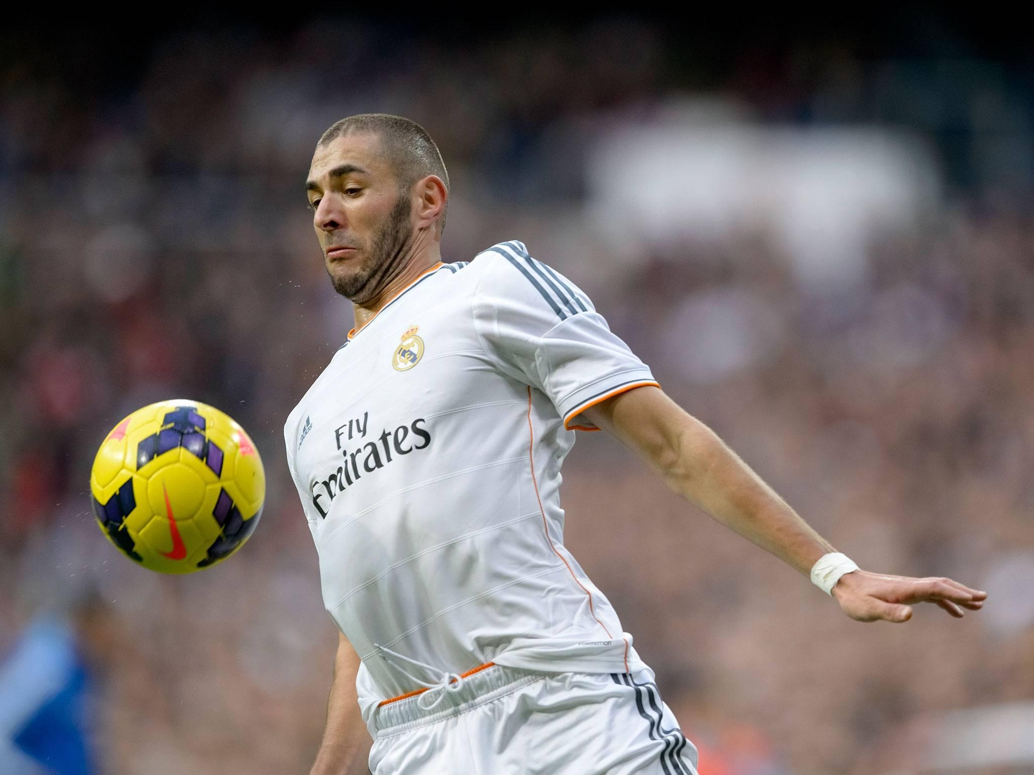 The player of Real Madrid Karim - 238.2KB