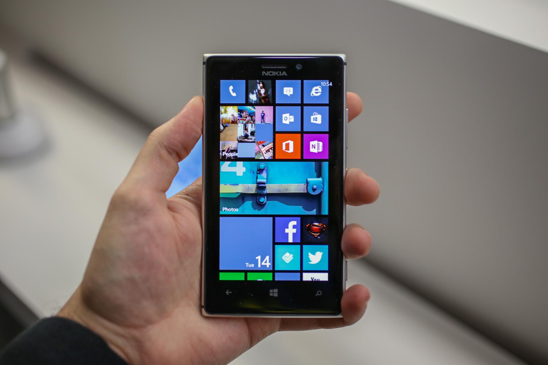 Nokia lumia 925 jpg - Nokia Lumia 925 Silver