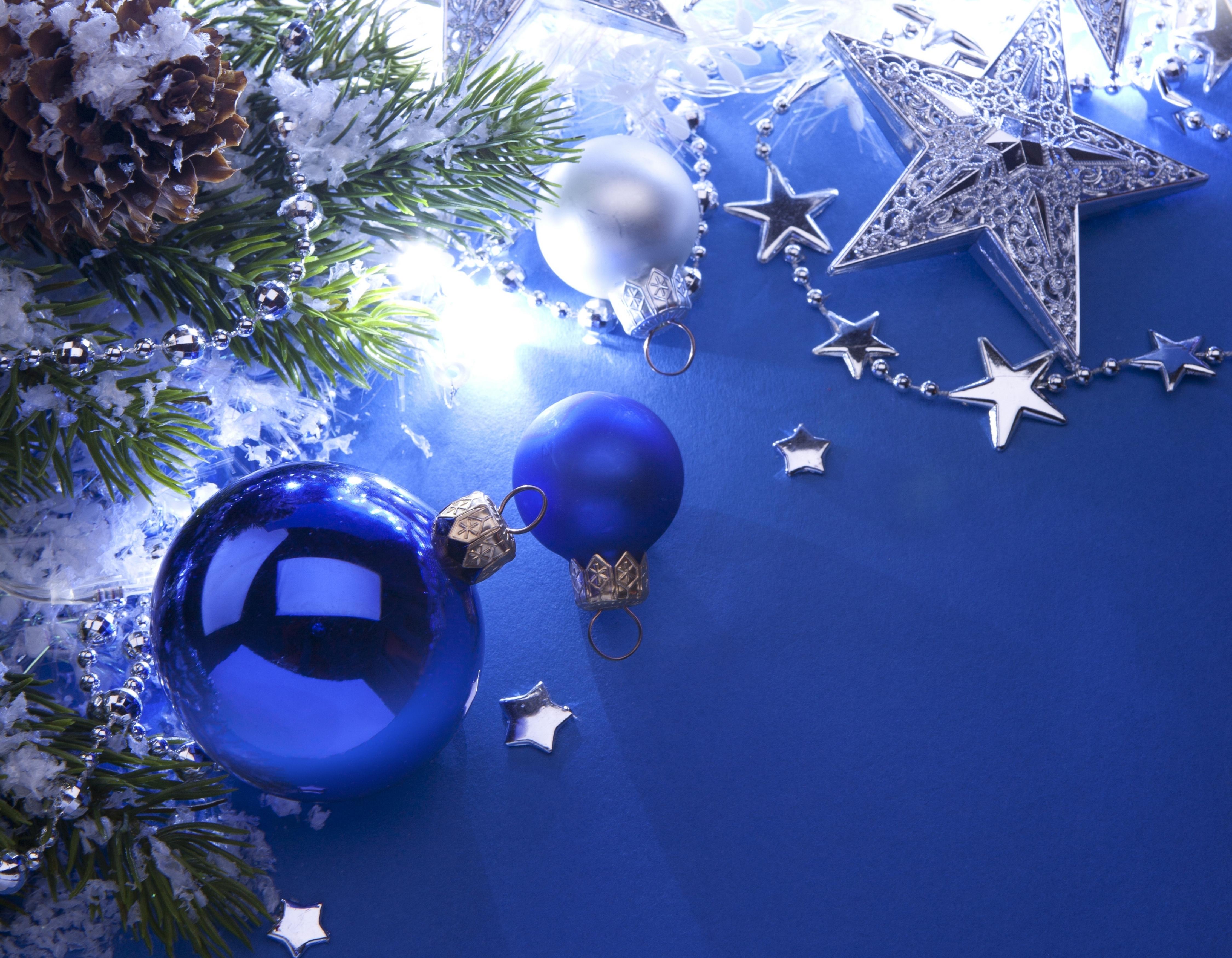 Картинки новый год синие шарики