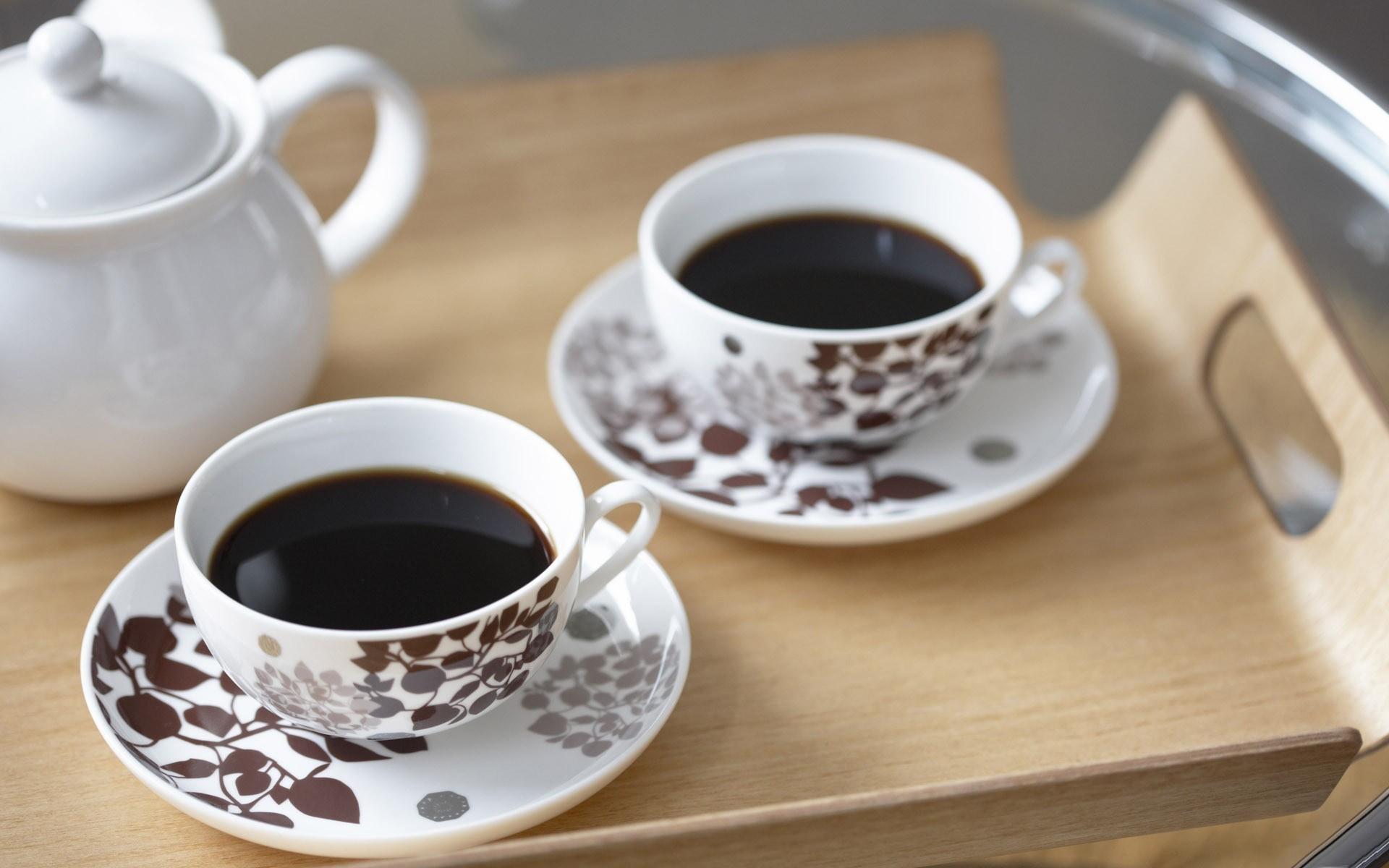 смайлик, две чашки кофе и кофейник картинки покрыта