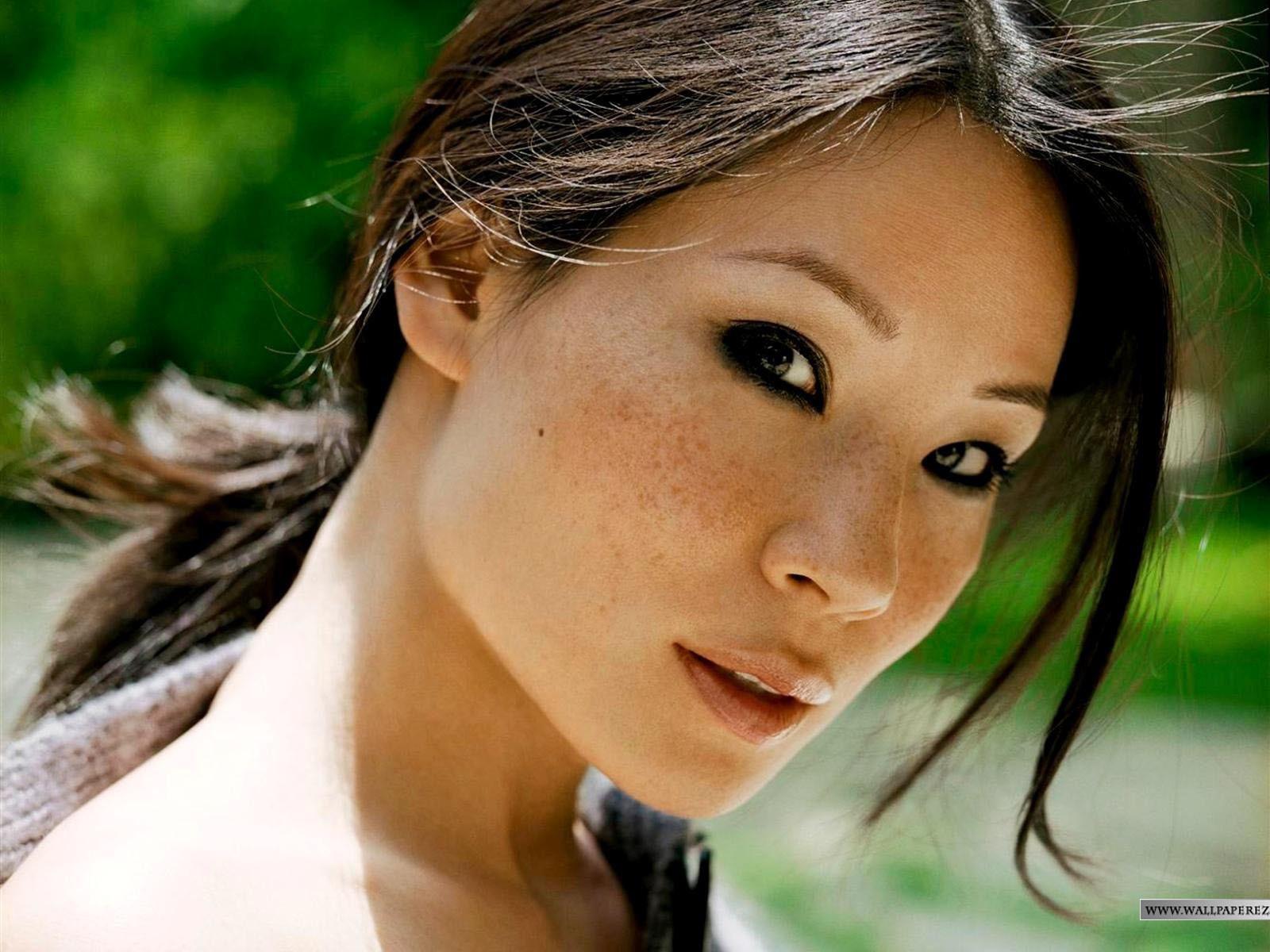Черная азиатка фото 14 фотография