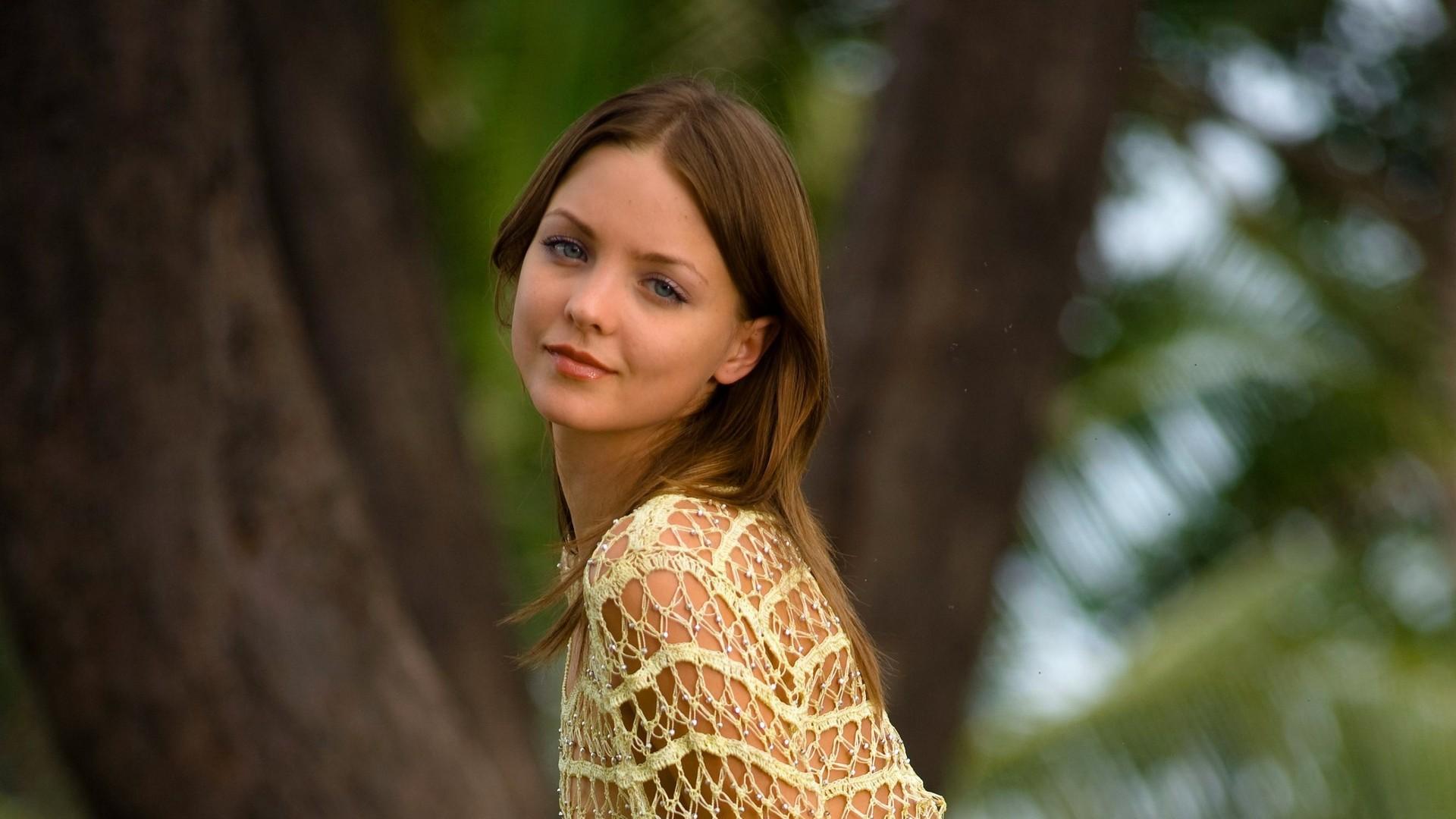Смотреть фото молодых красивых девочек в домашнем, Откровенные снимки молодых русских девушек 24 фотография