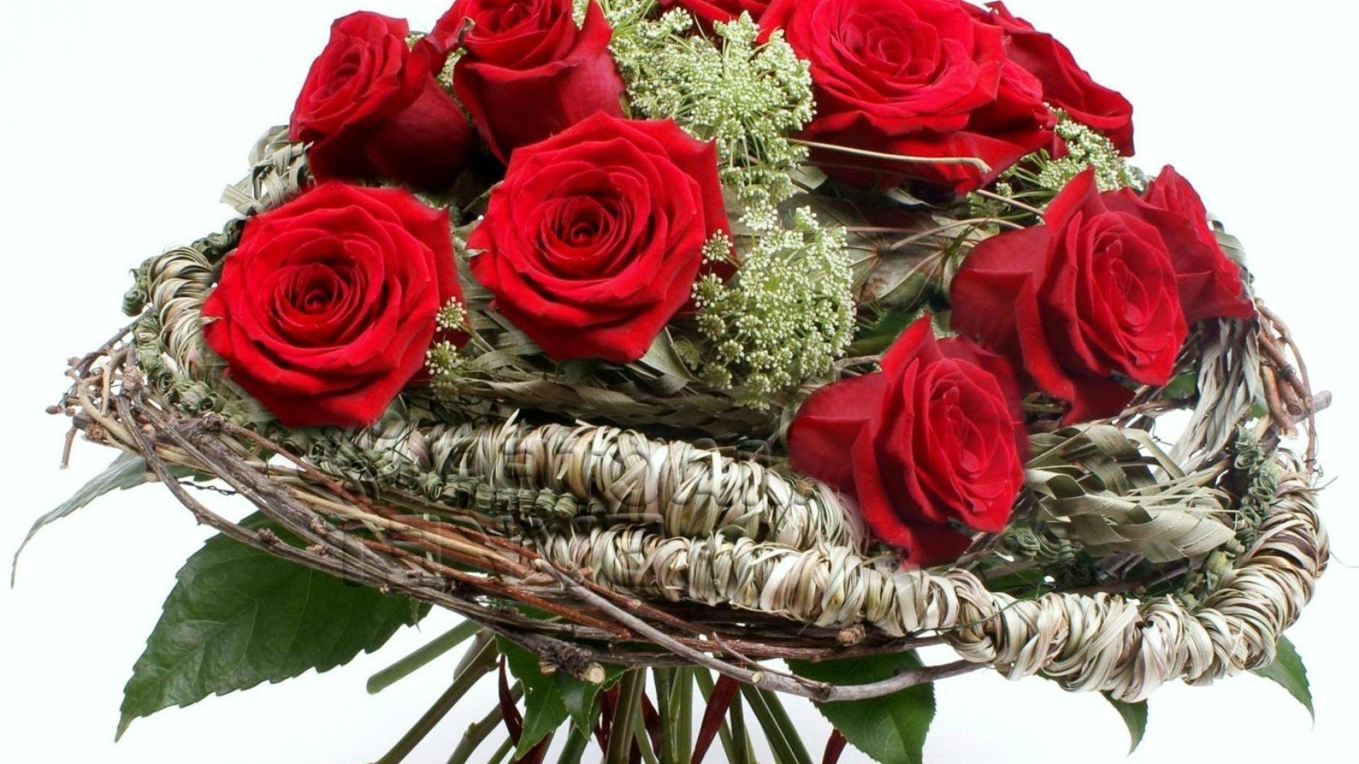 Композиции и букеты на 8 марта фото, цветы оптом