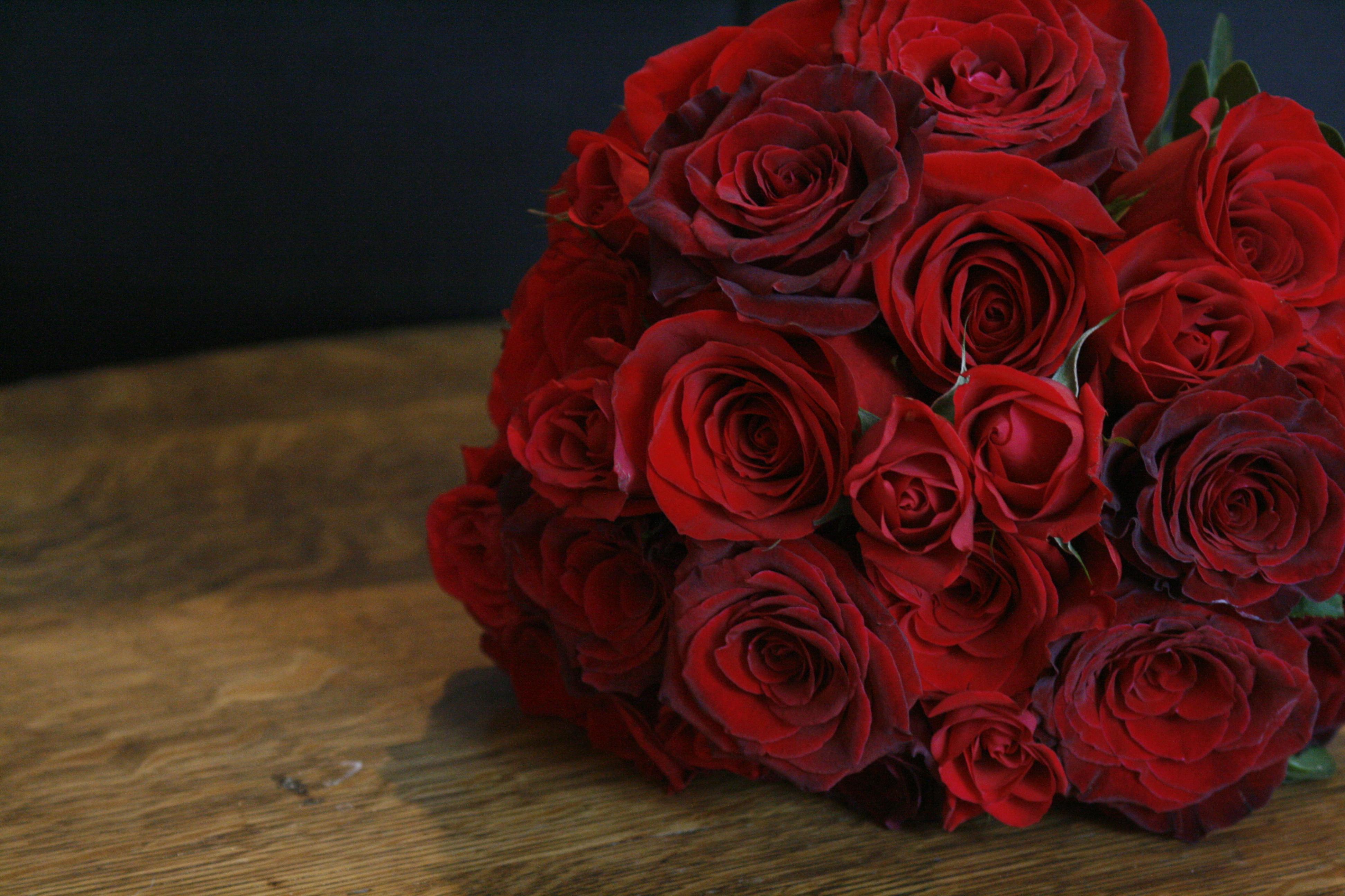 Картинки красные букеты цветов