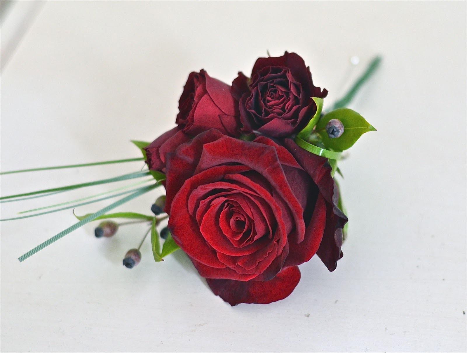 Картинки с 8 марта красивые розы