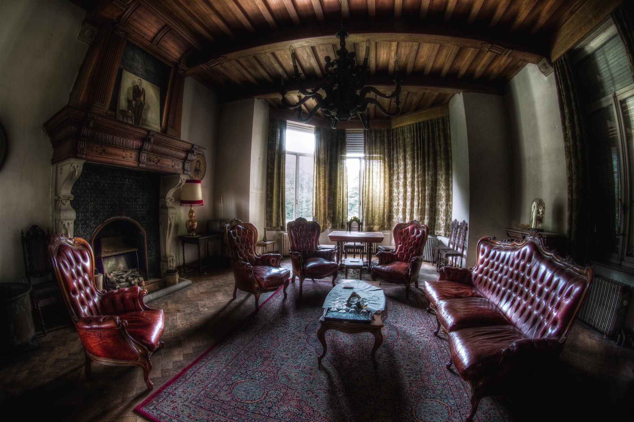 зал в старинном стиле фото даже самый незначительный