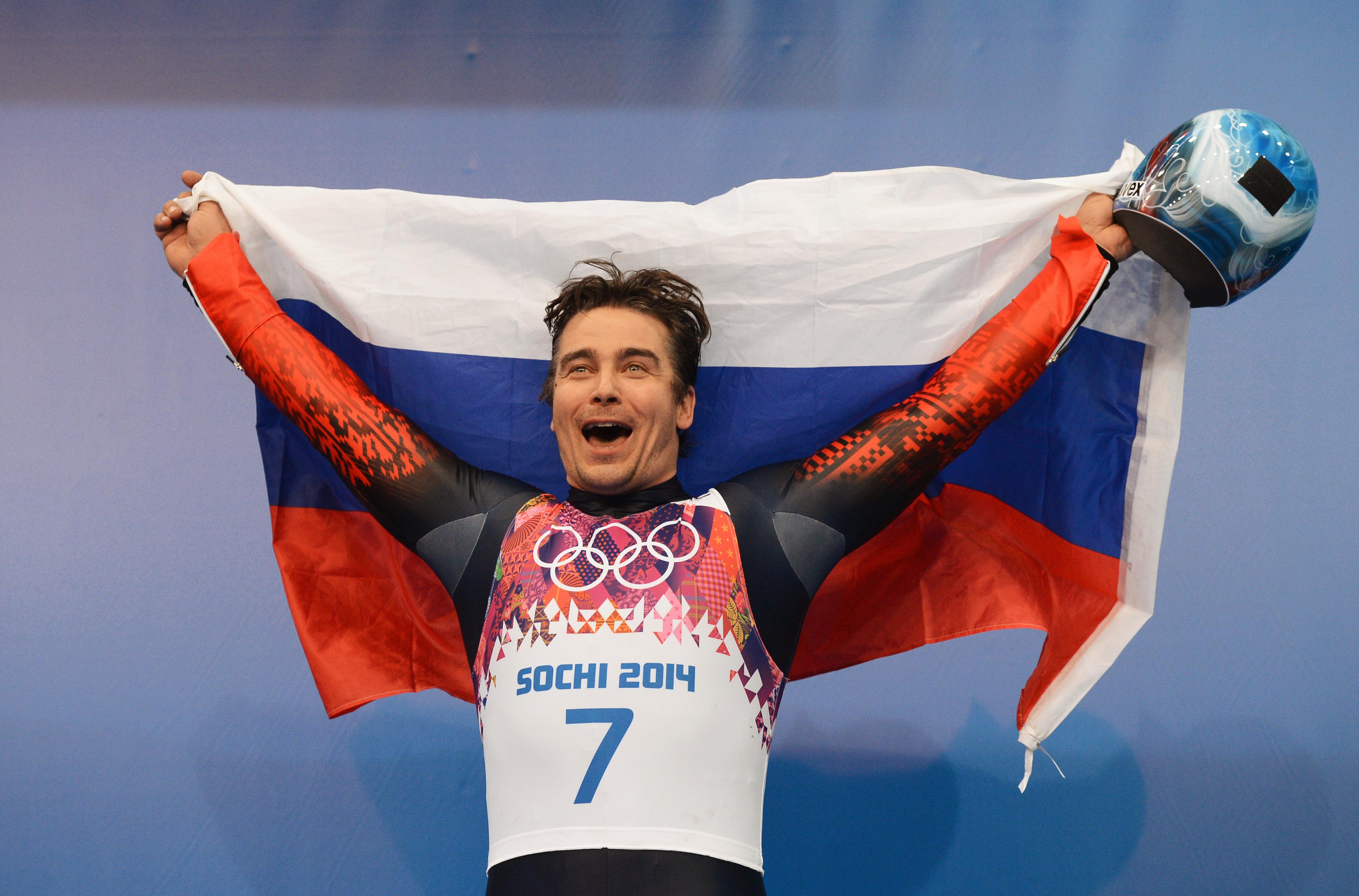 Имя русского спортсмена спортсмен чистку стенок