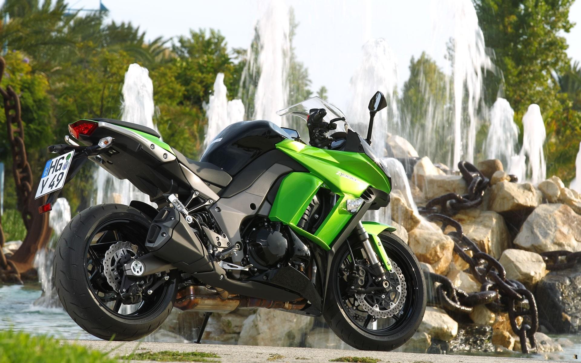 Картинки мотоциклов стол