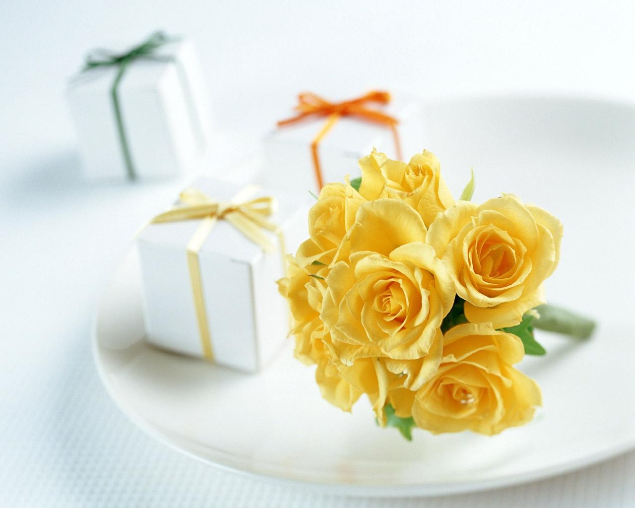 поздравительные открытки желтые цветы вариант
