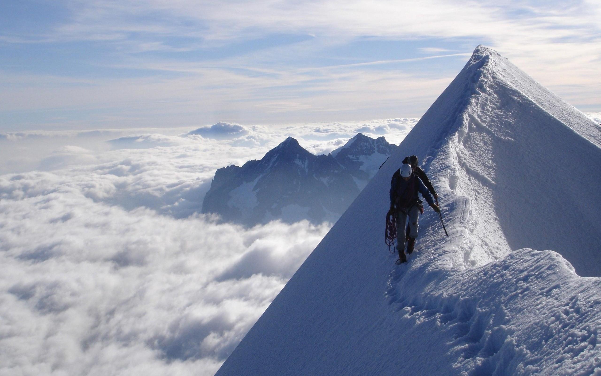 Открытка с эверестом