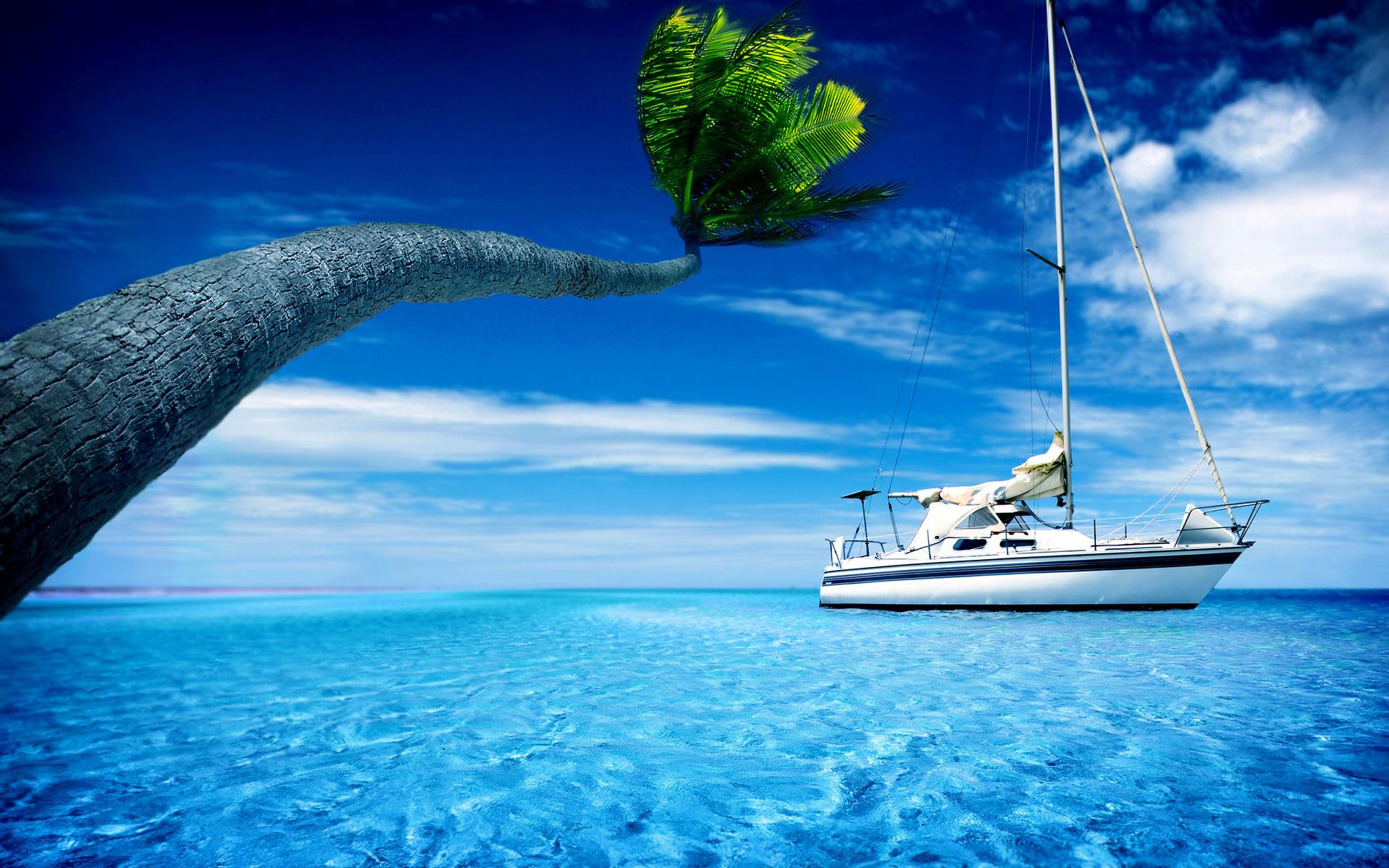 Открытка с яхтой и парусом
