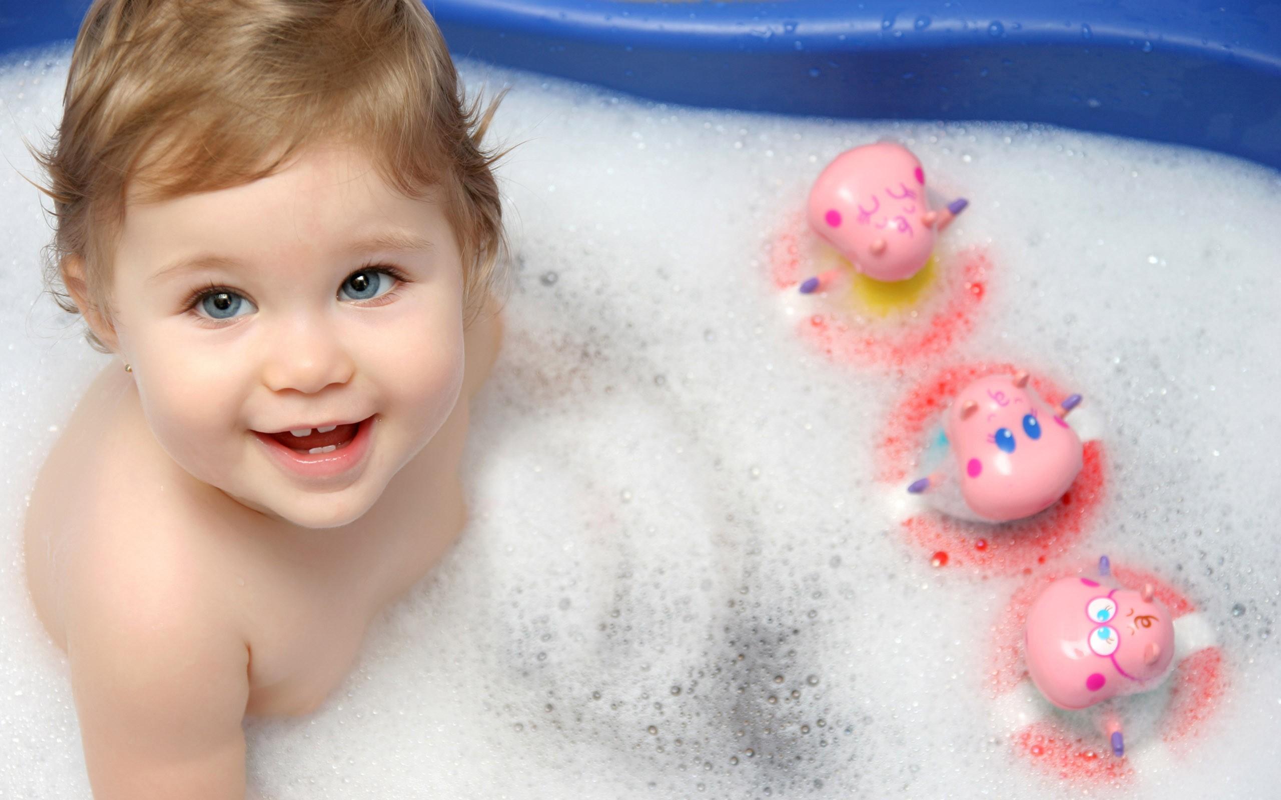 Днем рождения, картинки с купанием
