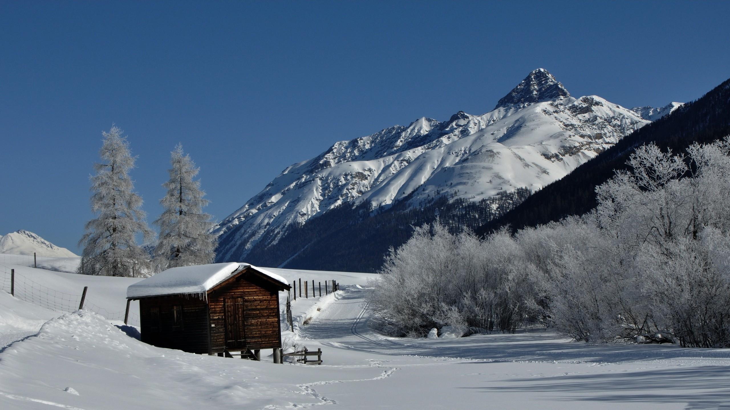 Картинки на зиму на обои дома в далеке, вознесением
