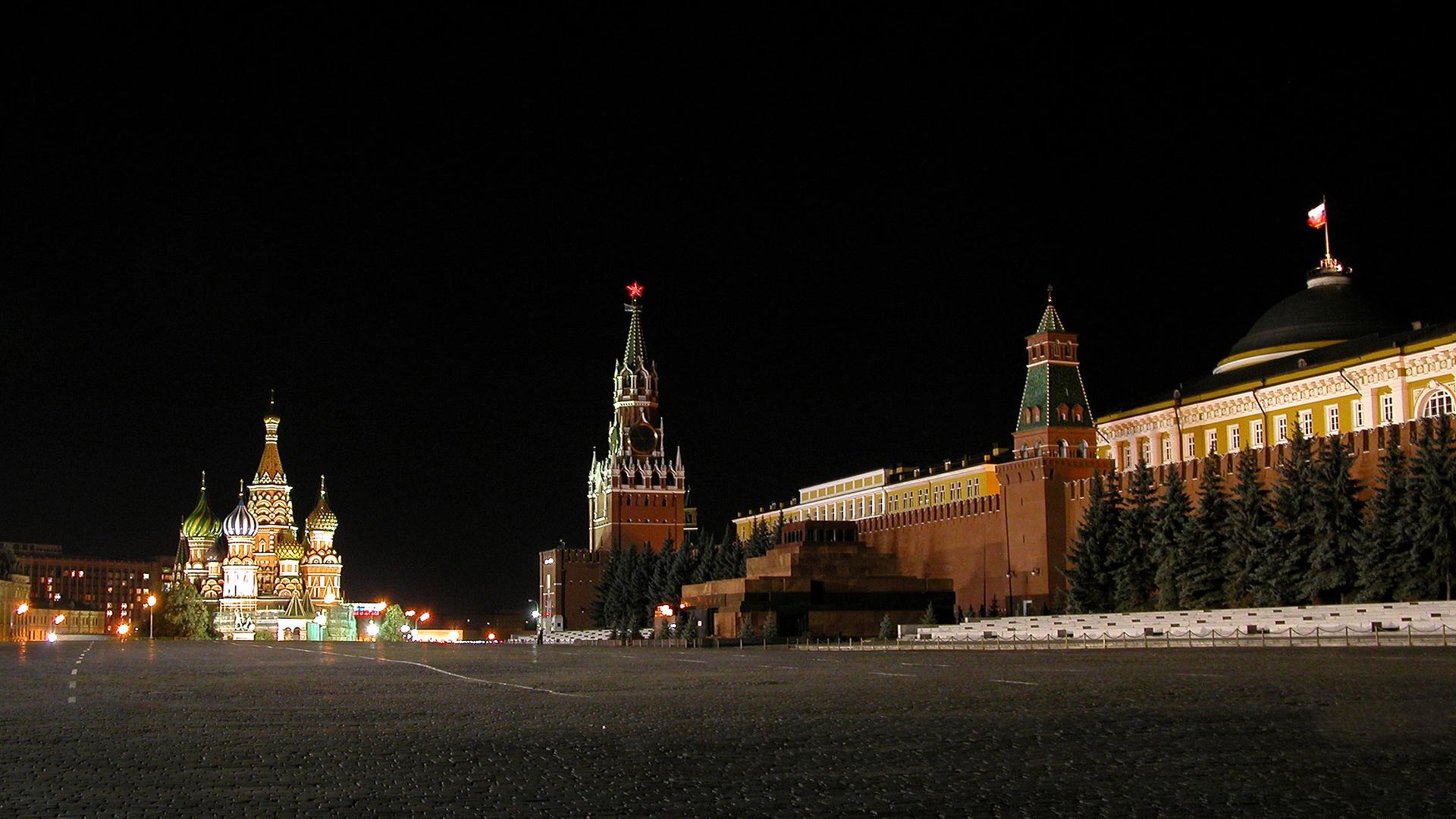 Фото ночного кремля в москве