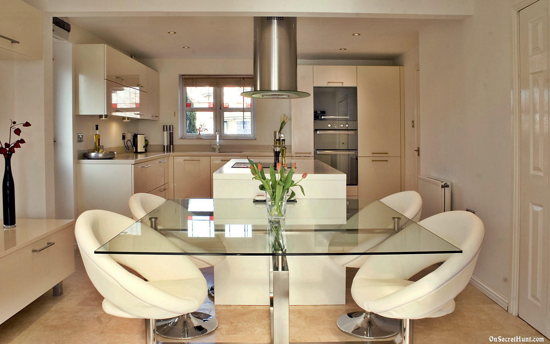 Дизайн интерьера кухни-столовой в современном стиле