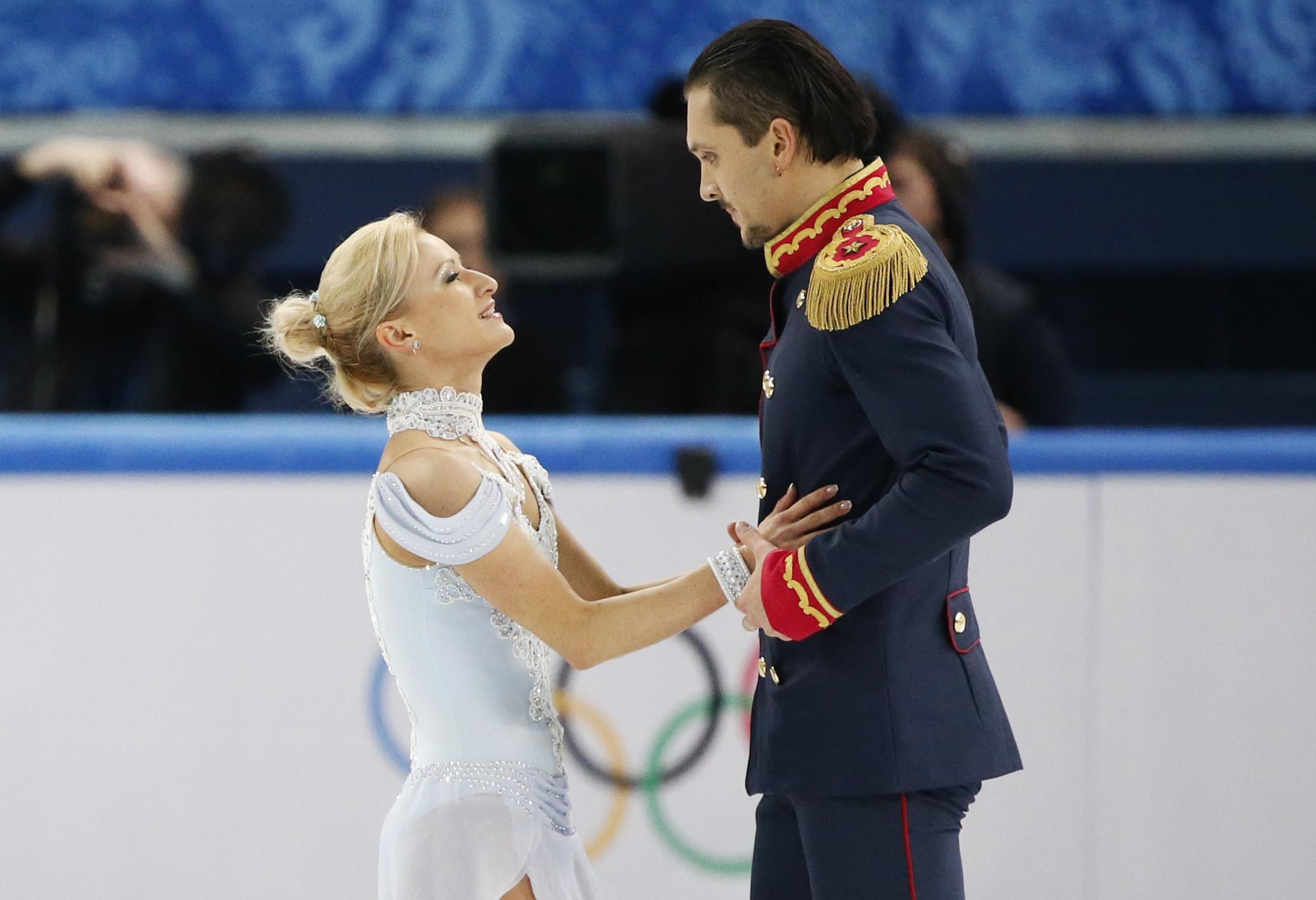 maxim trankov dating tatiana Tanja klimenko more:    tatiana volosozhar and maxim trankov of russia compete in the figure skating pairs.
