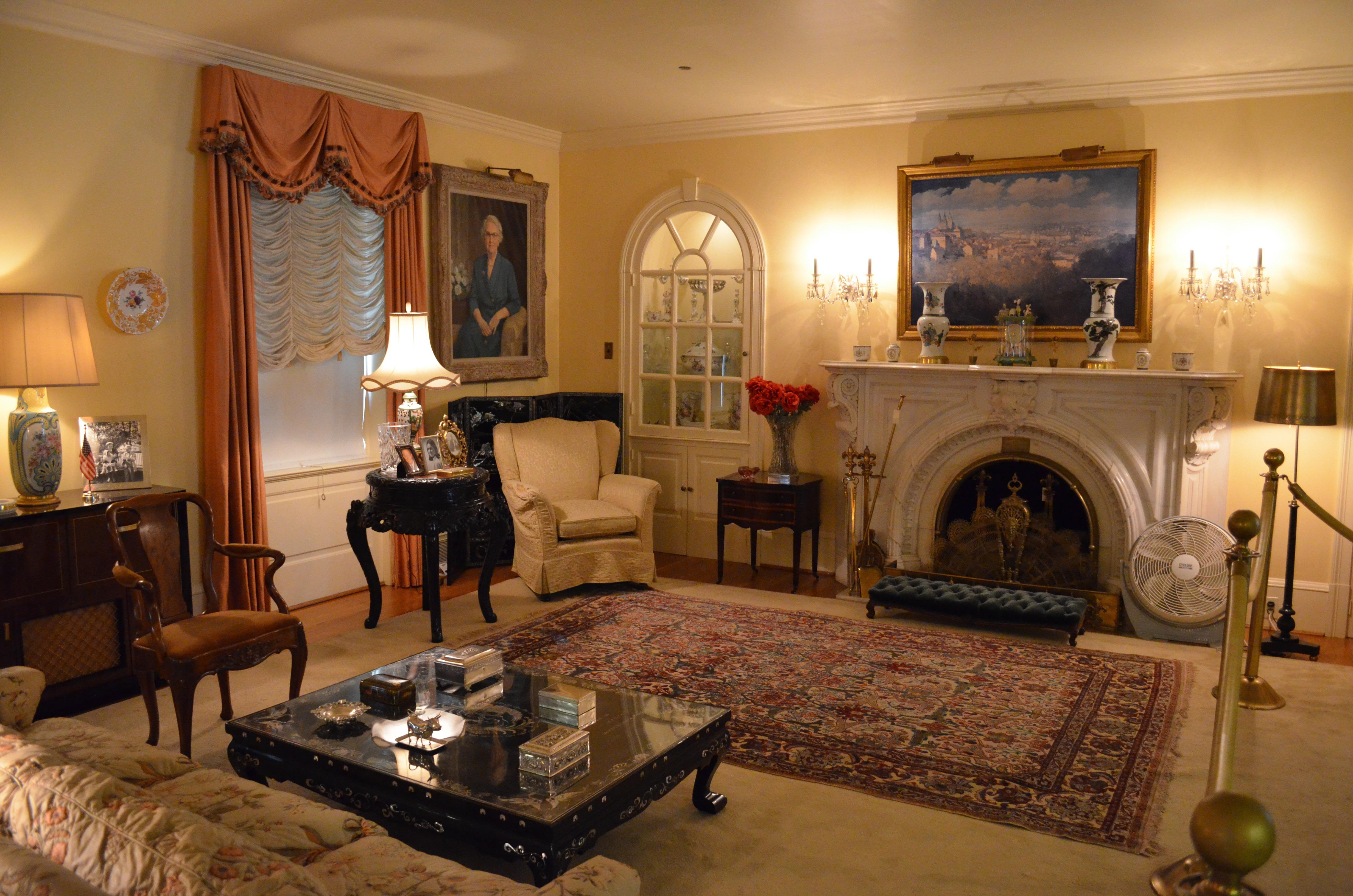 Оформление гостиной в стиле 19 века обои для рабочего