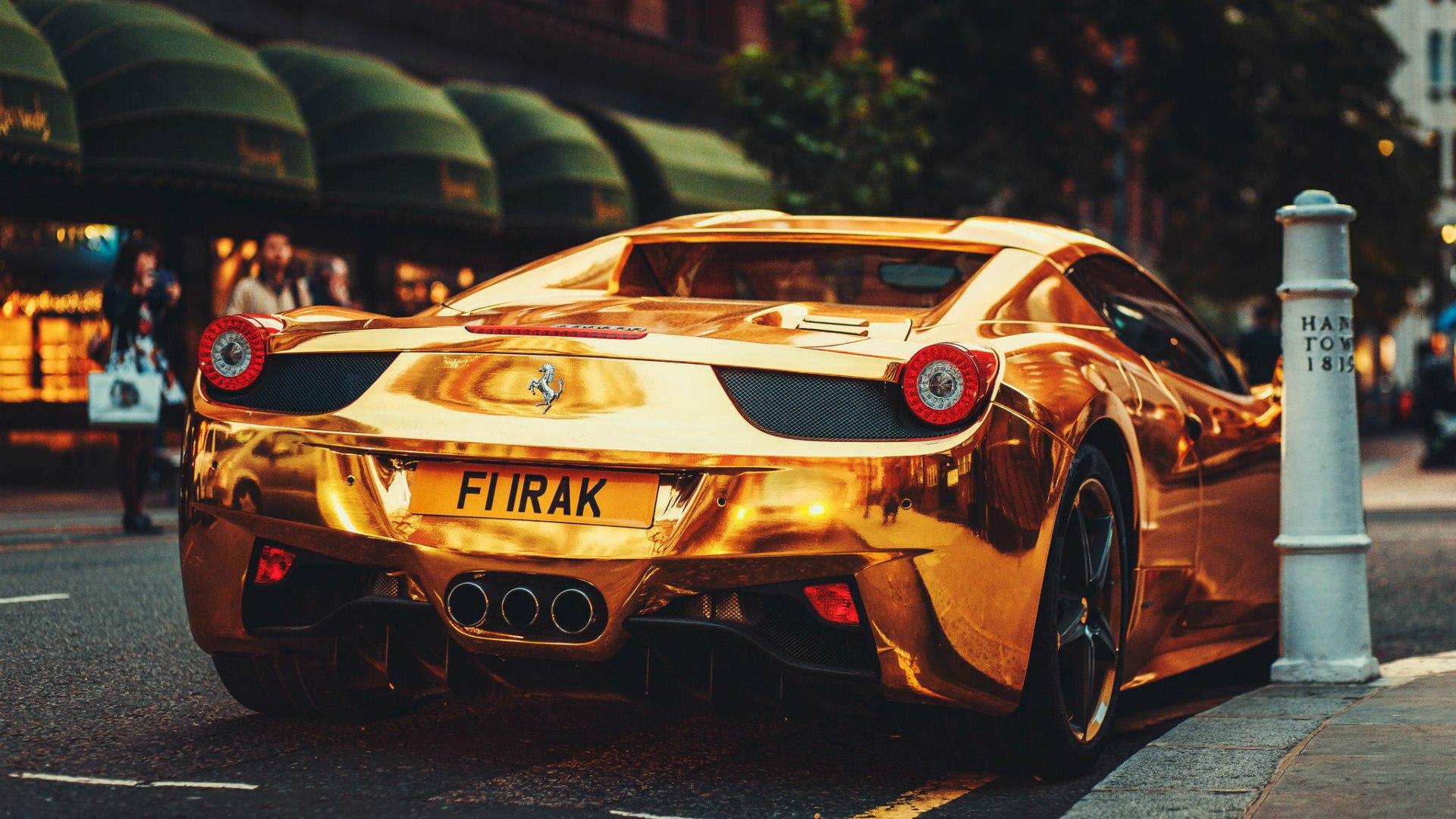 Gold Ferrari 458 Italia Desktop Wallpapers 1400x1050