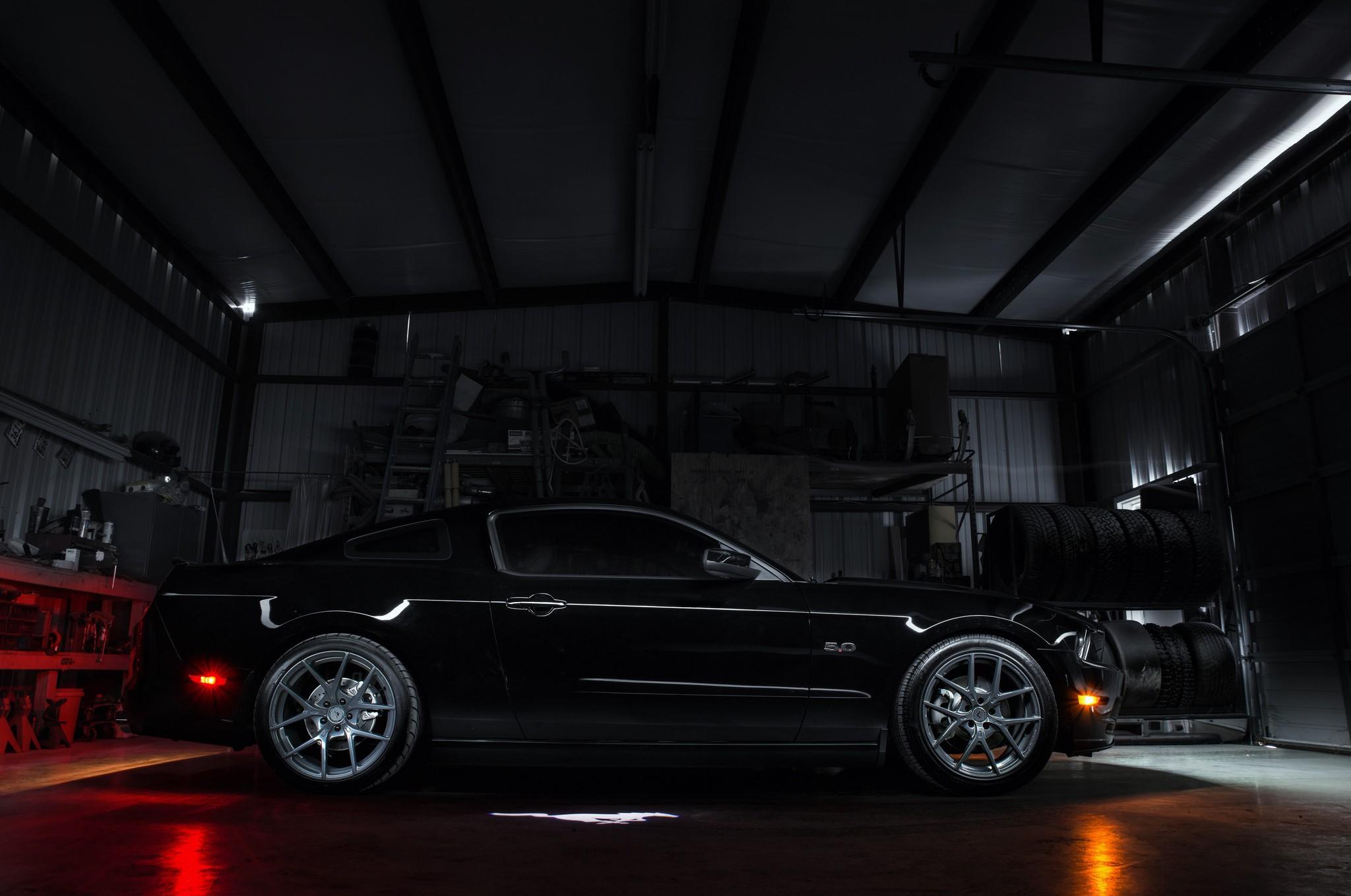 Картинки авто в гараже
