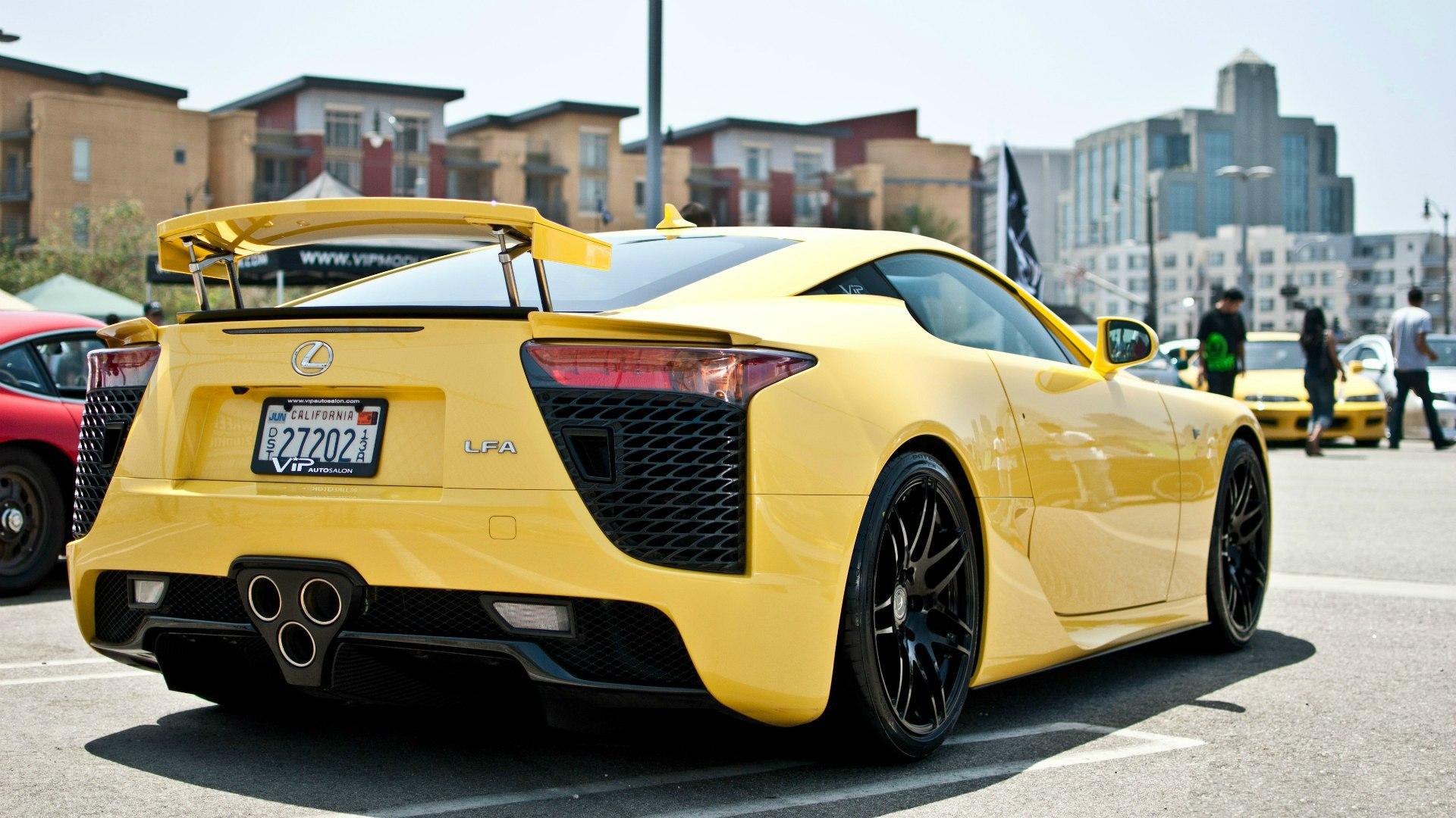yellow car 2015 09 - photo #11