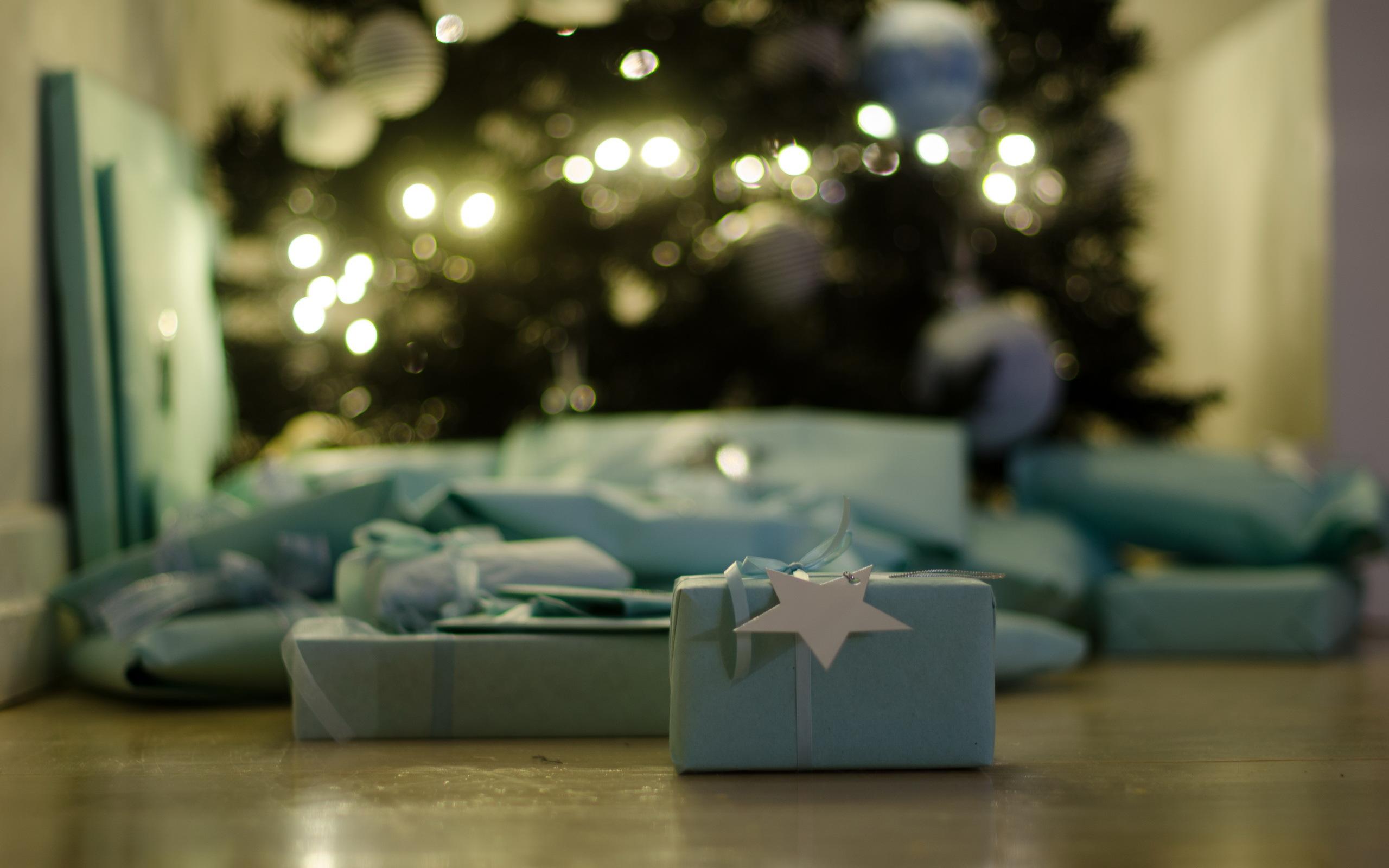 free wallpaper christmas present - photo #28