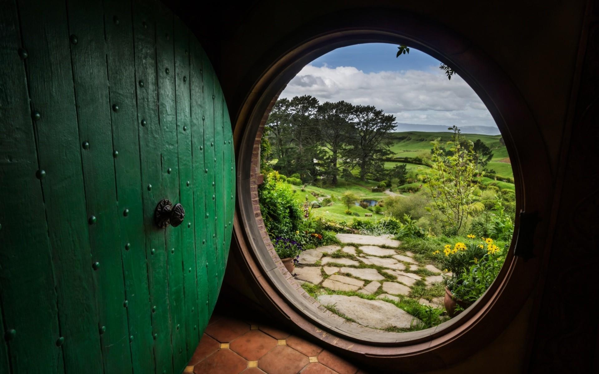 Barrel behind the door