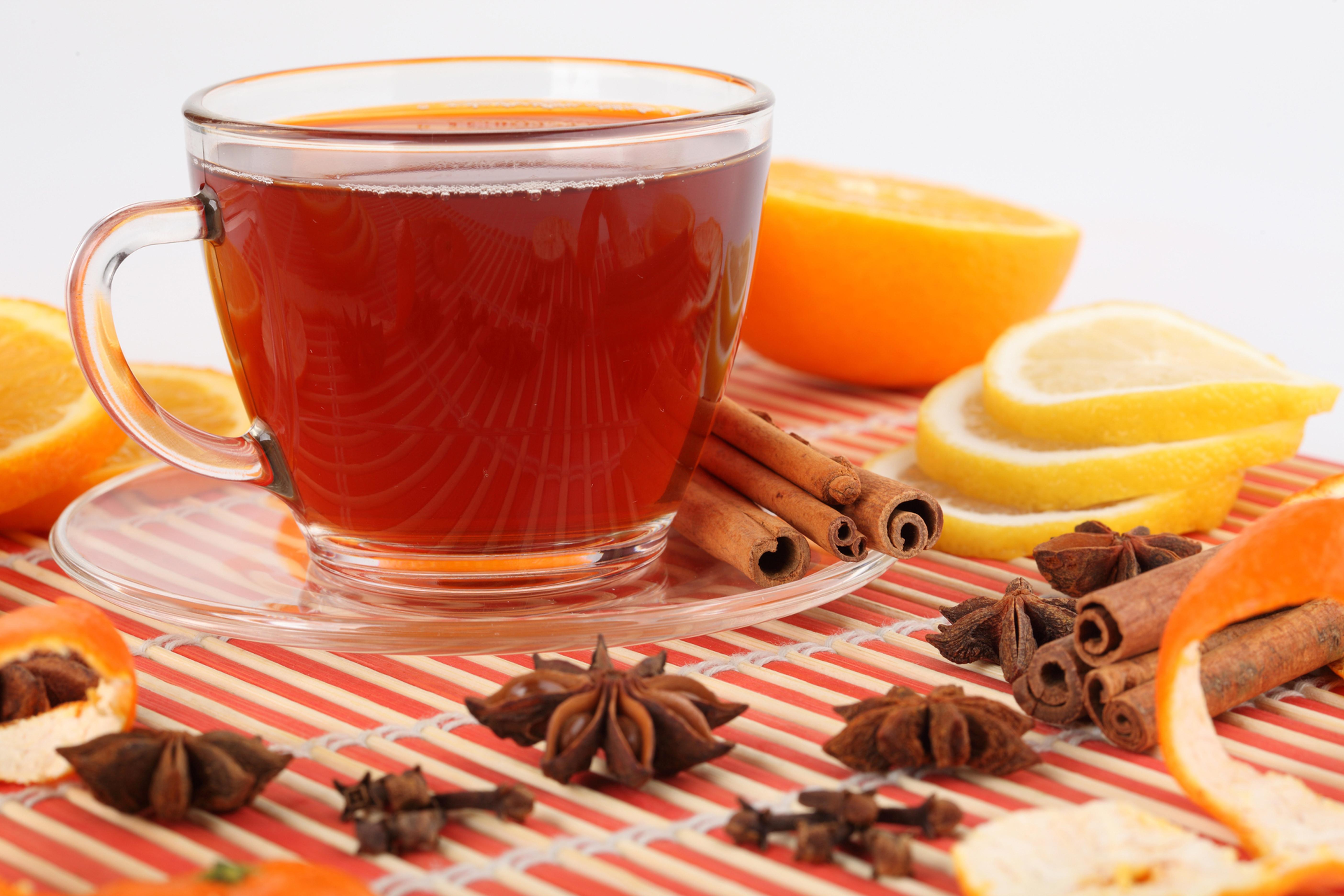 http://www.zastavki.com/pictures/originals/2015/Food___Drinks_Tea_with_lemon_and_cinnamon_093164_.jpg